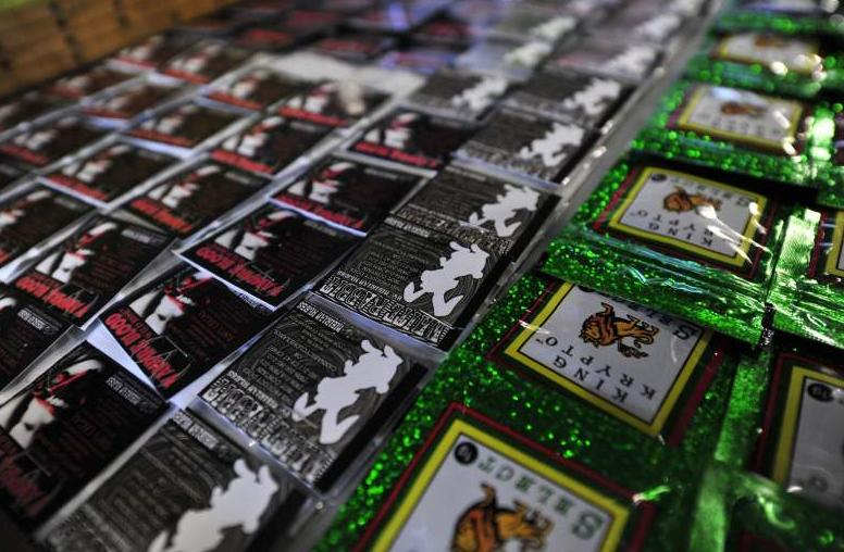 Examples of alternative k2 incense packets